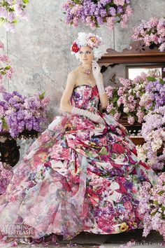 Stella de Libero: A bold multi-colored print ball gown