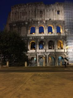 Walking in Rome....the Colosseo