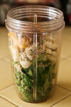 Romaine Lettuce, Banana, Cantaloupe, Hemp Seeds, Cinnamon. Add Almond Milk & Blend.