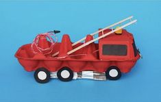 Reciclar oueres per fer creatius vehicles Toddler Crafts, Diy Crafts For Kids, Projects For Kids, Indoor Activities For Kids, Preschool Activities, Egg Carton Crafts, Cardboard Crafts, Toddler Learning, Recycled Crafts
