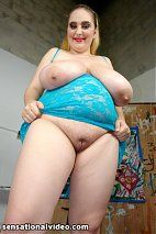 Free Gallery - Plumper Pass Presents