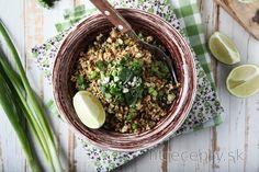 "Fit thajská pražená ""ryža"" Food And Drink, Low Carb, Meals, Vegan, Fitness, Recipes, Meal, Ripped Recipes"