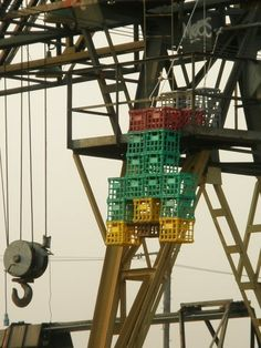 newport Newport, Ferris Wheel, Crates, Men, Guys, Shipping Crates, Drawers, Barrel
