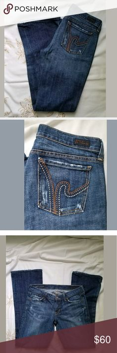 "Citizens of Humanity Ric Rac #108 Boot cut jeans My pics are my description.  Sz 29 Inseam 31""  See pics for additional measurements   Please feel free to contact me with any questions, concerns or additional pics  Items are shipped Mondays, Wednesdays and Fridays  Thanks for stopping by Citizens Of Humanity Jeans Boot Cut"