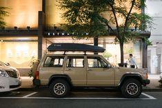 JEEP CHEROKEE Jeep Suvs, Jeep Xj, Jeep Cherokee, Offroad, Nissan, Desk, Cars, Vehicles, Autos