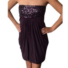 BERSHKA purple grape colored bubble dress w/sequin BERSHKA purple grape colored bubble dress w/sequins on top. A juniors sz M. Model is 5'5 and 120lbs. Extremely flattering and comfortable. Bottom is soft jersey material. Bershka Dresses Strapless