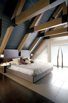 Farmhouse Bedroom Ideas Design & Decor - Comfortable, lovely, and full of charisma, farmhouse bedroom design is more famous than ever A Frame House Plans, A Frame Cabin, Modern Farmhouse Bedroom, Rustic Farmhouse, Tiny House Cabin, House In The Woods, House Design, Interior Design, Swiss Chalet