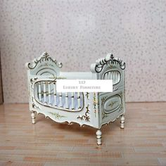 Dollhouse Fine Miniatures HandCrafted hasson LUXURY 1:12 Doll French Victorian White BABY CRIB Bed