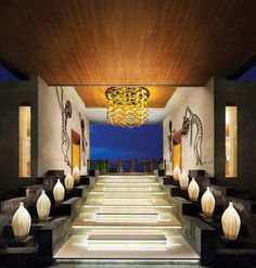 """lobby-entrance """"find and feel the luxury on your holiday"""""""