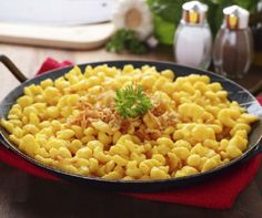 Want to turn comfort food into healthy comfort food? Quick Recipes, Pasta Recipes, Cooking Recipes, Speatzle Recipe, Spatzle, Healthy Comfort Food, Comfort Foods, Hungarian Recipes, 3 Ingredients