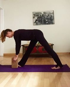 5 Yoga Stretches for Tight Calves and Shins