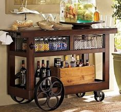 a well stocked home bar Buffet Design, Bar Design, House Design, Mini Bars, Casa Steampunk, Diy Bar Cart, Bar Carts, Bar Drinks, Decoration Table