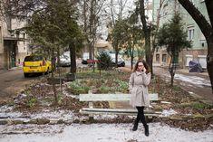 Pataki Rebeka 16 éves kora óta folyamatosan dolgozott, rengeteg munkatapasztalata volt, az andragógia szak elvégzése után mégsem talált olyan munkát, amiből meg is tudott volna élni. / Fotó: Magócsi Márton