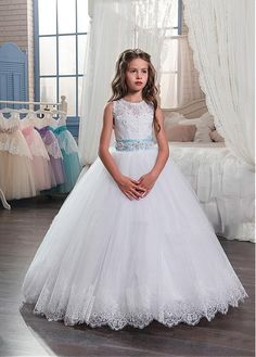 f01a9aa36b5 410 Best Flower girl dresses images in 2019