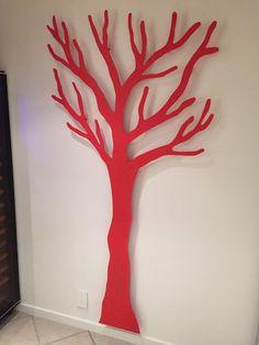 TøjTræet 2 meter i rød.