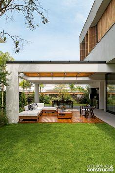 amazing backyard garden landscaping and design ideas 8 Patio Roof, Pergola Patio, Pergola Plans, Backyard Patio, Backyard Landscaping, Pergola Ideas, Tropical Backyard, Pergola Kits, Modern Exterior