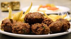 Easy, fast, and totally delicious Greek meatballs! A traditional recipe for portions. You can serve the meatballs alone or with red tomato sauce and french fries. Greek Menu, Greek Meatballs, Homemade Tzatziki, Red Tomato, Meatball Recipes, Recipe For 4, Greek Recipes, Recipe Collection, Easy Meals