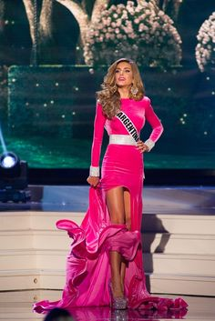 Miss Argentina 2014 Evening Gown: HIT or MISS | http://thepageantplanet.com/miss-argentina-2014-evening-gown/