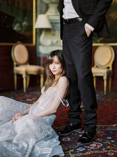 This is a fun pose for a wedding couple. I wonder how many brides would be game to try this?
