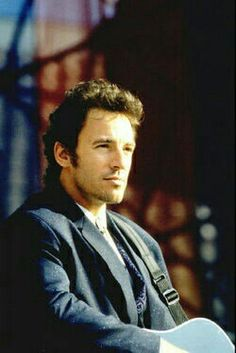 See Bruce Springsteen pictures, photo shoots, and listen online to the latest music. American Music Awards, Elvis Presley, Rock And Roll, The Boss Bruce, Bruce Springsteen The Boss, E Street Band, Dancing In The Dark, Born To Run, Latest Music