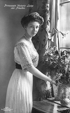 Viktoria Luise (daughter of Wilhelm)