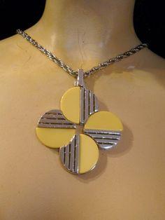 trifari 1960's necklace