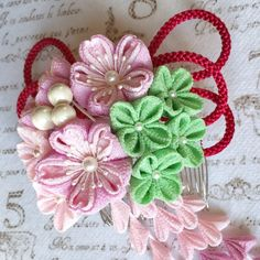 桜と小花の髪飾り✼ピンクベリー✼つまみ細工