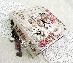 Romantic shabby chic mini album