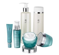 True Perfection Set | Source: oriflame.uk The Daily Oriflame Face Care Routine is an easy-to-follow four-step routine designed to maximize the effect of your face care to achieve fantastic skin irrespective of age. All you need...