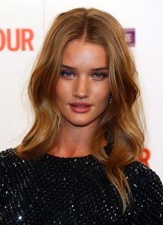 Rosie Huntington-Whiteley Cardigan - Rosie Huntington-Whiteley Looks - StyleBistro