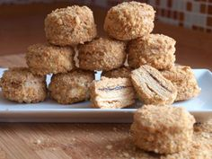 Medovníčky - Avec Plaisir Small Desserts, Mini Desserts, Sweet Desserts, Sweet Recipes, Baking Recipes, Cookie Recipes, Honey Cookies, Czech Recipes, Christmas Cooking