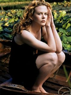 Nicole Kidman photographed by Annie Leibovitz, 1997 Nicole Mary Kidman AC (born 20 June is an Australian-American actress and producer. Annie Leibovitz Photos, Annie Leibovitz Photography, Nicole Kidman, 007 Casino Royale, Star Wars, Penelope Cruz, Time Magazine, Celebrity Pictures, American Actress