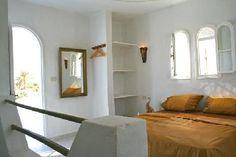 2. Schlafzimmer mit galerieartigem Ambiente und Dachterrasse.