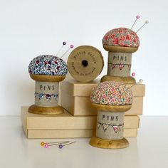 This is a beautiful handmade pincushion. Made using a vintage style wooden spool / cotton reel decorated with applique, free motion embroidery and wording. The body of the spool is covered in linen fabric with embroidered applique bunting and the words. Wooden Spool Crafts, Wooden Spools, Freehand Machine Embroidery, Free Motion Embroidery, Sewing Crafts, Sewing Projects, Diy Crafts, Cotton Lawn Fabric, Linen Fabric