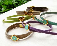 το blog της Νεραϊδοχώρας: 10 λόγοι για τους οποίους αγαπάμε να φοράμε δερμάτ... Bracelets, Leather, Jewelry, Google, Blog, Fashion, Moda, Jewlery, Bijoux
