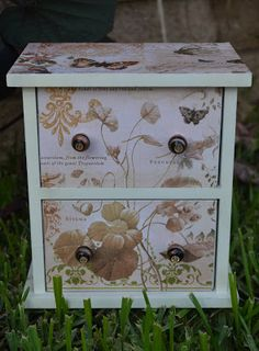 The Homeless Finch: Jewelry Box Face Lift: Inspired To Do It My Way