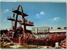 Der 10 Meter Sprungturm im damaligen Freibad in Delmenhorst. War das noch schön.