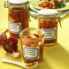 Peppers and onion chutney - Saucen,Dips,Marmeladen etc. Pureed Food Recipes, Curry Recipes, Gourmet Recipes, Whole Food Recipes, Healthy Recipes, Chutneys, Korma Curry Paste, Panang Curry Recipe, Green Curry Sauce
