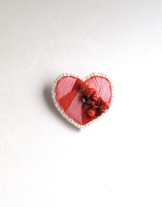 Heart brooch embroidered reds and pinks with by AnAstridEndeavor