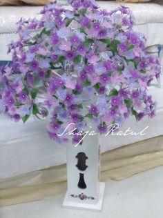 Hand made flower from nylon. ( Bunga pahar stokin )
