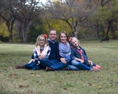 2015 Fab 4 #189: a sample photo from a recent family session in Richardson.  For more from this session, please visit http://www.kevinjamesmccrea.com/2015-fab-4-189/