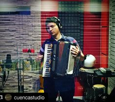 Modo rec! #acordeon #accordion #sanfona #music #cumbia #luzbuena #producer #cuencastudio #studio #gopro #gopromusic