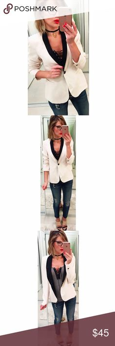 ➡Zara Single Button Blazer⬅ Polish up any outfit with this must-have blazer. Black collar and buttons. Front pockets. Zara Jackets & Coats Blazers