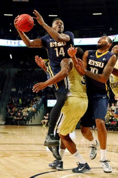 East Tennessee State Buccaneers vs. UNC Wilmington Seahawks - 11/28/15 College Basketball Pick, Odds, and Prediction