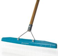 Revitalize tired looking high-pile carpet - Groom Industries Grandi Groom Carpet Rake