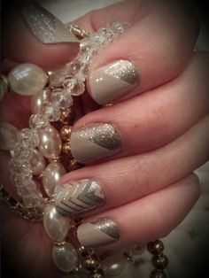 Jamberry Nail Wraps: Champagne Toast and Sugar&Spice. gold, beige, nude, sparkle, glitter, new years, celebrate laurenrose.jamberry.com www.facebook.com/groups/LaurenRoseJams/