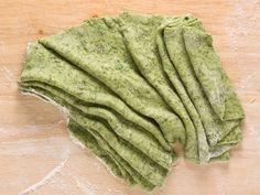 Základní recept na domácí špenátové těstoviny