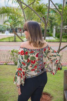 Floral Tops, Women, Fashion, Moda, Top Flowers, Women's, Fasion, Trendy Fashion, La Mode