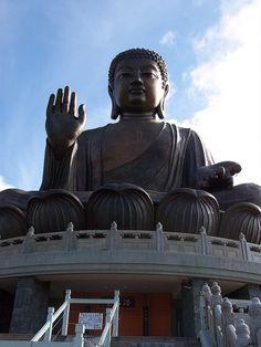 Hong kong ... ngong ping 360 gondola to tian tan buddha