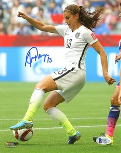 28fd7c58b Alex Morgan Autographed 8x10 Photo Team USA Beckett BAS  E46338